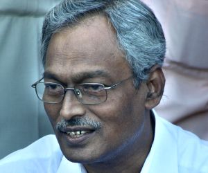 Veteran Communist Party of India-Marxist (CPI-M) leader and former West Bengal Commerce and Industries Minister Nirupam Sen who died early on Dec 24, 2018. He was 72. (File Photo: IANS)