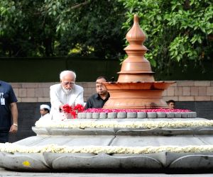 President, Vice President pay tribute to Rajiv Gandhi on his 26th death anniversary