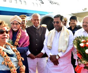 Hamid Ansari arrives in Bengaluru