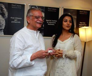 Vidya Balan and Gulzar at Karadi Tales book launch.