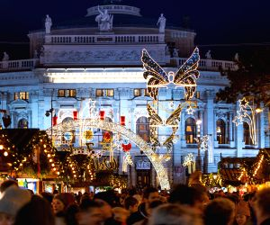 /photos/christmas-celebration-photos.html#photo