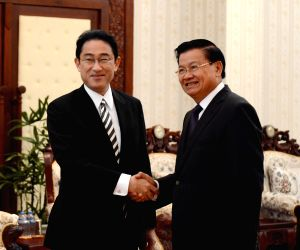 LAOS-VIENTIANE-LAO PM-MEETING JAPAN FM