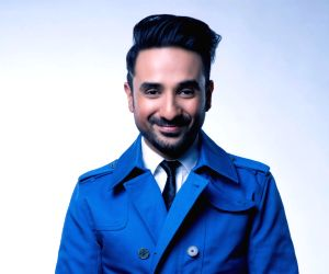 Vir Das' neighbour sneezes on him, threatens to slap him