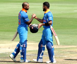 Virat Kohli and Shikhar Dhawan. (Photo: BCCI/IANS) (Credit Mandatory)