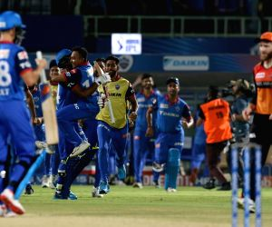 Delhi pulls off nail-biter contest against Hyderabad