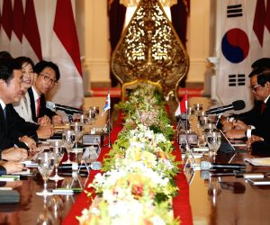 S. Korean PM meets Indonesian president
