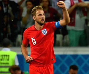 FIFA World Cup: Kane double guides England past Tunisia