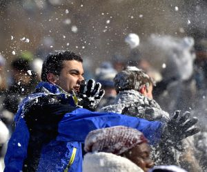 U.S.-WASHINGTON D.C.-SNOWBALL FIGHT