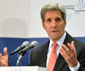 U.S.-WASHINGTON D.C.-CLIMATE AND CLEAN ENERGY INVESTMENT FORUM-JOHN KERRY