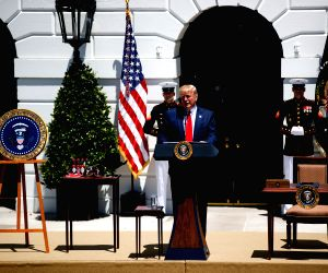 WASHINGTON, July 15, 2019 (Xinhua) -- U.S. President Donald Trump (front) speaks during the 3rd annual Made in America product showcase at the White House in Washington D.C., the United States, July 15, 2019. Donald Trump ordered Monday that only pro