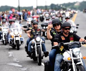 U.S. WASHINGTON MEMORIAL DAY ROLLING THUNDER