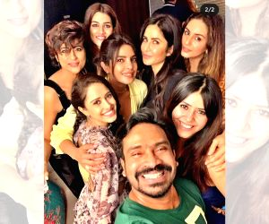 Katrina Kaif, Priyanka Chopra party together!