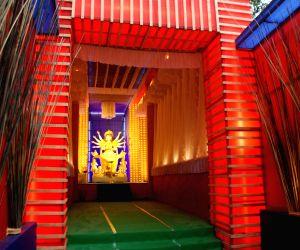 Mamata Banerjee inagurated Community Puja pandal on the eve of Durga puja festival