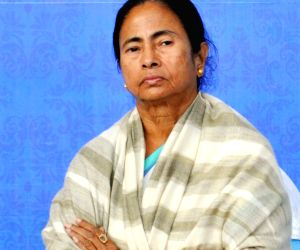 Bengal government announces Rs 10 cr to Kerala