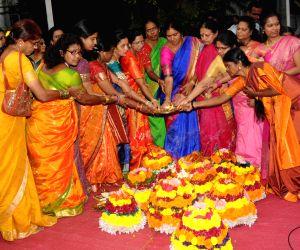 women-celebrate-bathukamma-festival-in-hyderabad
