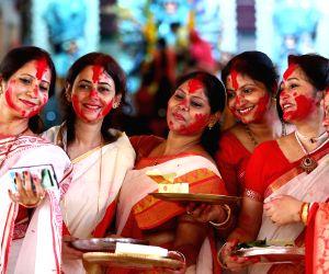 Picture story: Beautiful women celebrating Sindoor Khela on Vijayadashami
