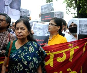 Writers protest in Delhi against increasing intolerance