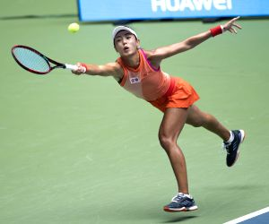 French Open: China's Wang beats Venus Williams in first round