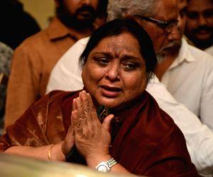 Celebrities Pay Homage To Dasari Narayana Rao