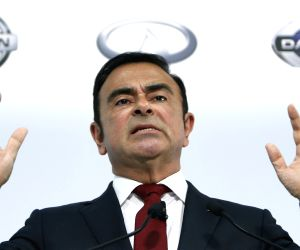 YOKOHAMA, May 13, 2015 (Xinhua) -- Nissan Motors Chairman and CEO Carlos Ghosn speaks during a news conference to announce their financial results for the 12 months to March 31, 2015 in Yokohama, near Tokyo, Japan, May 13, 2015. Nissan said operating