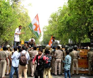 Youth Congress activists stage a demonstration against industrialist Vijay Mallya in New Delhi, on March 16, 2016.