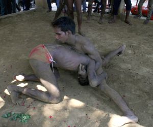 Wrestling at an akhara