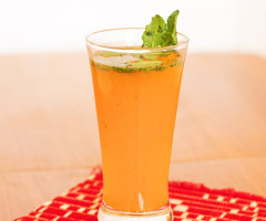 orange-and-basil-juice-2.jpg