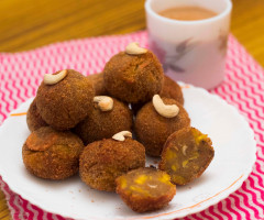 Unnimadhuram ( Sweet Banana Balls )