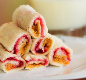 Peanut Butter & Jam Bread Rolls