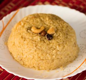 Sweet sakkarai pongal