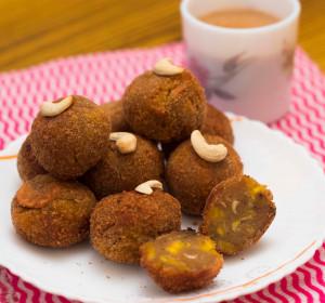 Unnimadhuram ( Sweet Banana Balls )
