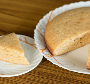 Eggless Vanilla Cake With Sweetened Condensed Milk