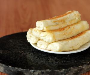 Bread Paneer Roll