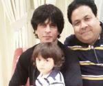 AbRam sports similar hairstyle like his dad Shah Rukh