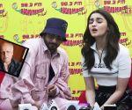 Alia Bhatt on dad Mahesh Bhatt's absence in her life: I didn't really have him'