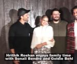 Hrithik Roshan enjoys fun family brunch with Sonali Bendre and Goldie Behl