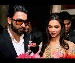 Ranveer Singh & Deepika Padukone promoting 'Goliyon Ki Raasleela Ram-leela' in Kolkatta