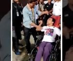 This is how Shah Rukh Khan met his 'special' fan