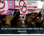Watch: Nagpur cops don new avatar to spread 'No Honking' message