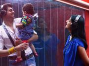Bigg Boss 8 : Pritam meets his wife, son