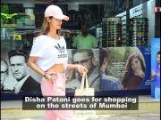 Disha Patani goes for shopping on the streets of Mumbai