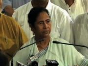 Mamata remains defiant on    Paid    judiciary remark