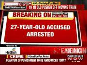 Navi Mumbai: Woman robbed, pushed off local train