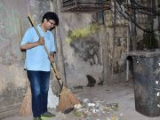 Prasoon Joshi joins clean India Campaign