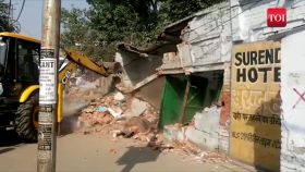 Bareilly: Municipal Corporation demolishes 'illegally built' government school