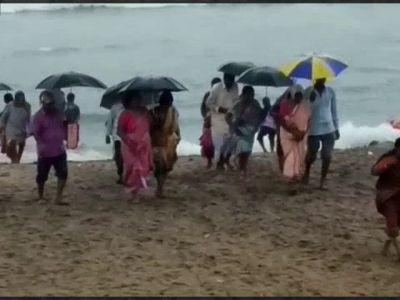 Andhra Pradesh: Rain lashes north coast, IMD issues alert