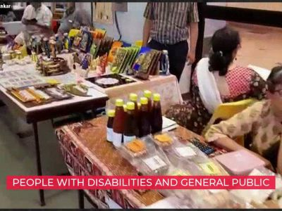 Arts fair in Pune shows off skills of people with disabilities