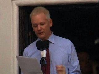Assange calls on Obama to do the right thing