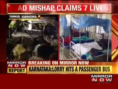 Bus collides with lorry in Karnataka's Tumkur; 7 killed, over 20 injured