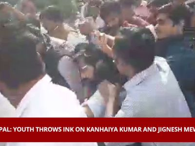 On cam: Youth throws ink on Kanhaiya Kumar and Jignesh Mewani